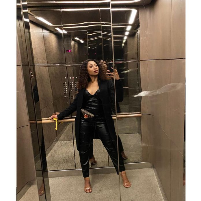 Actress Enhle Mbali in trouble on twitter