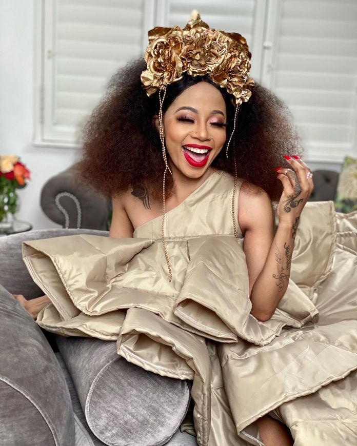 Kelly Khumalo's son shoots another hot snap of her – Photo