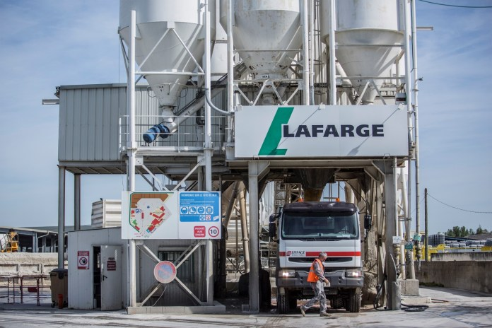 China's Huaxin set to buy Lafarge Cement in Zambia and Malawi