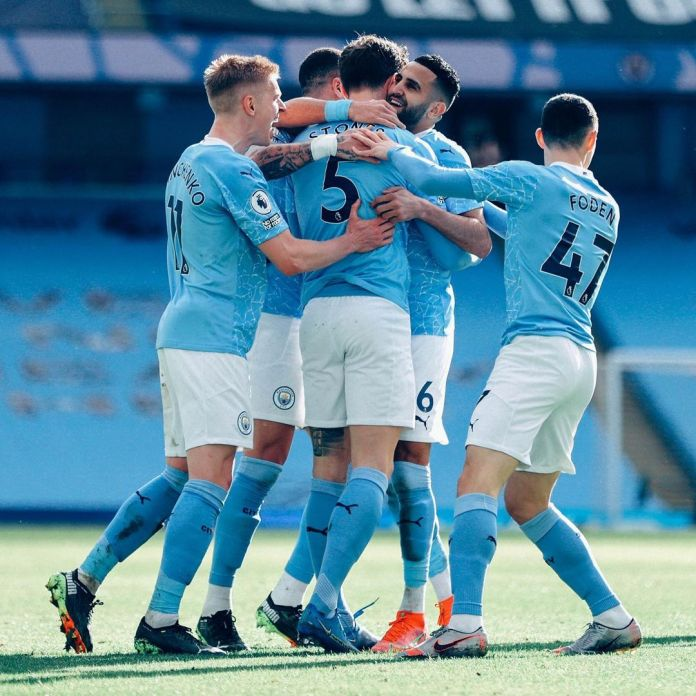 Manchester City move 13 points clear after victory over West Ham