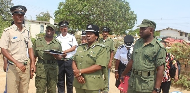 Police arrest fellow cops for stealing from robber