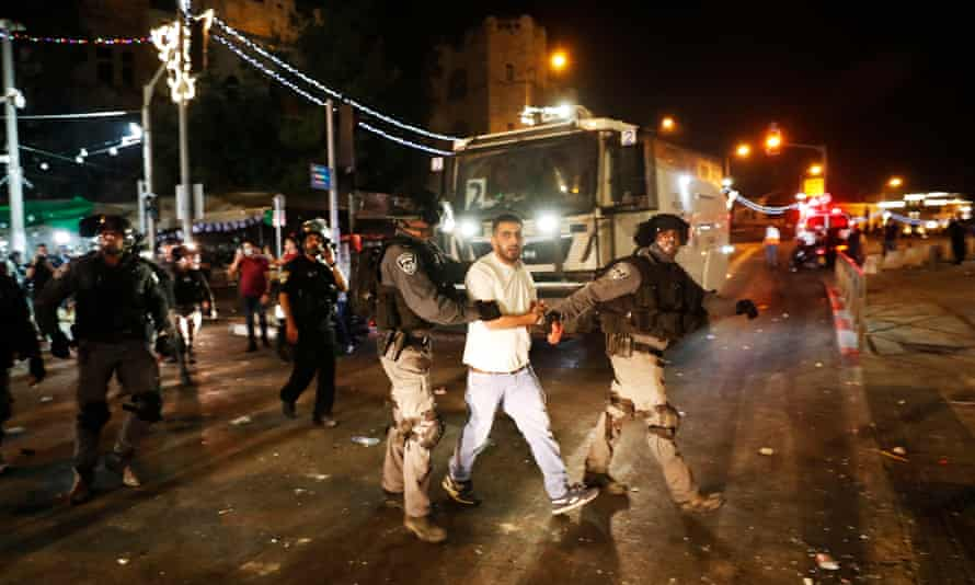 Fresh clashes ahead of nationalist march rock Jerusalem