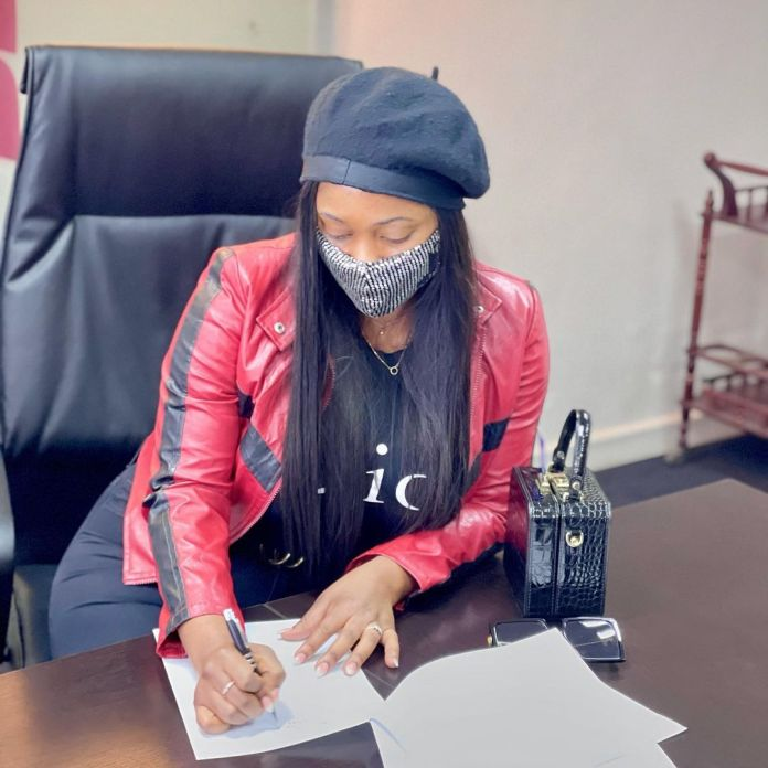 PICS: Cleo Ice Queen Signs Deal With Swish Pay