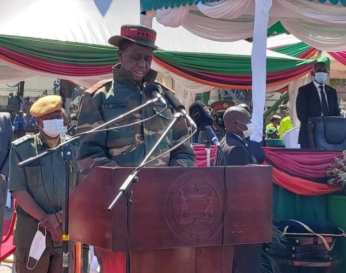 President Lungu  collapses during celebrations of the Defence Forces Day