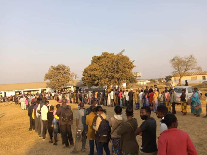 Long queues as Zambians vote in general election