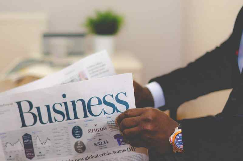 Business: 10 Amazing Secrets for Growing your Business Quickly