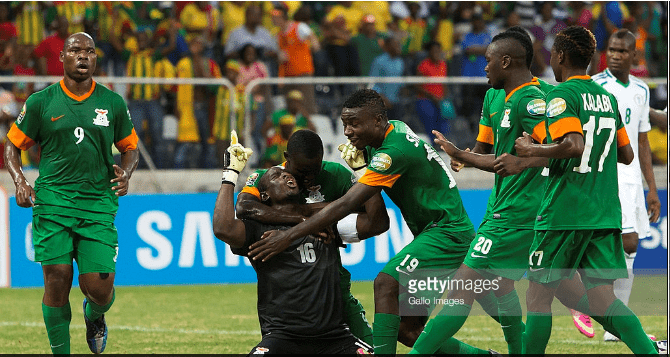 The last time Zambia played Nigeria, the two teams drew 1 - 1 in the group stage of 2013 Africa Cup. Did you know that Kennedy Mweene's last equalizer was the first time a goalkeeper scored a goal within 90 minutes of play in the history of the comeptition?