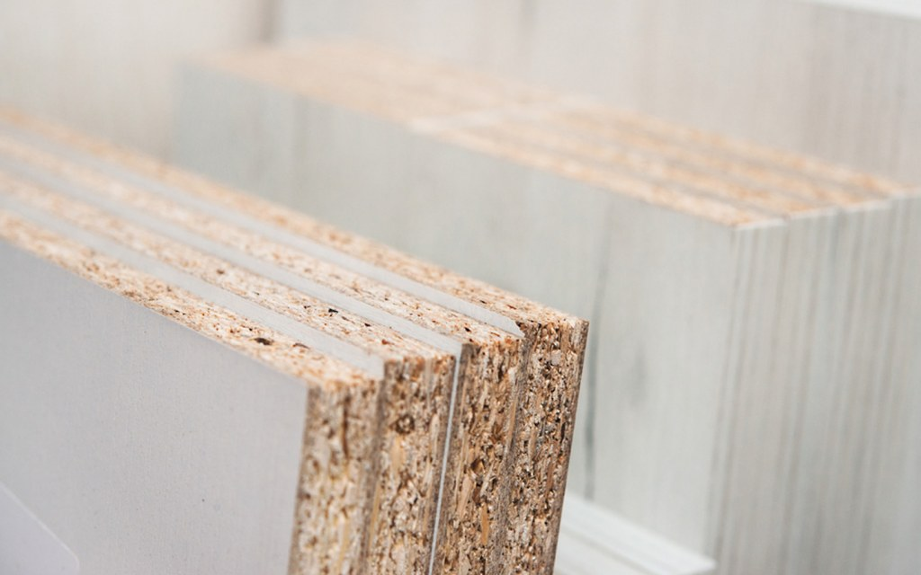 Chipboard is more or less equal to Lasani wood