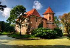 Oporów_zamek_2