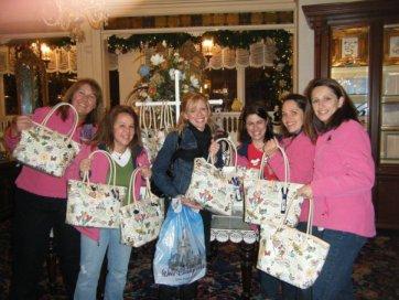 09 moms dooney & bourke purses