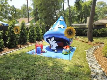 My Yard Goes Disney Sorcerer's Hat