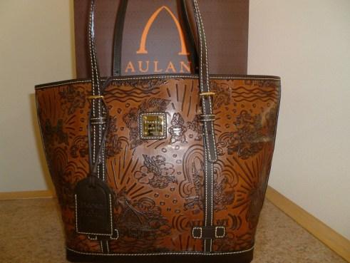 Aulani dark brown leather