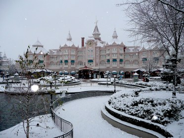Disneyland Paris entrance and hotel