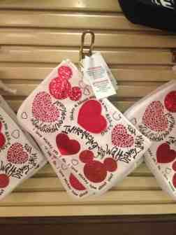 Mickey Mouse Heart Wristlet Bag