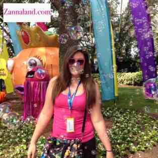 Nicole Siscaretti at SeaWorld Spooktacular