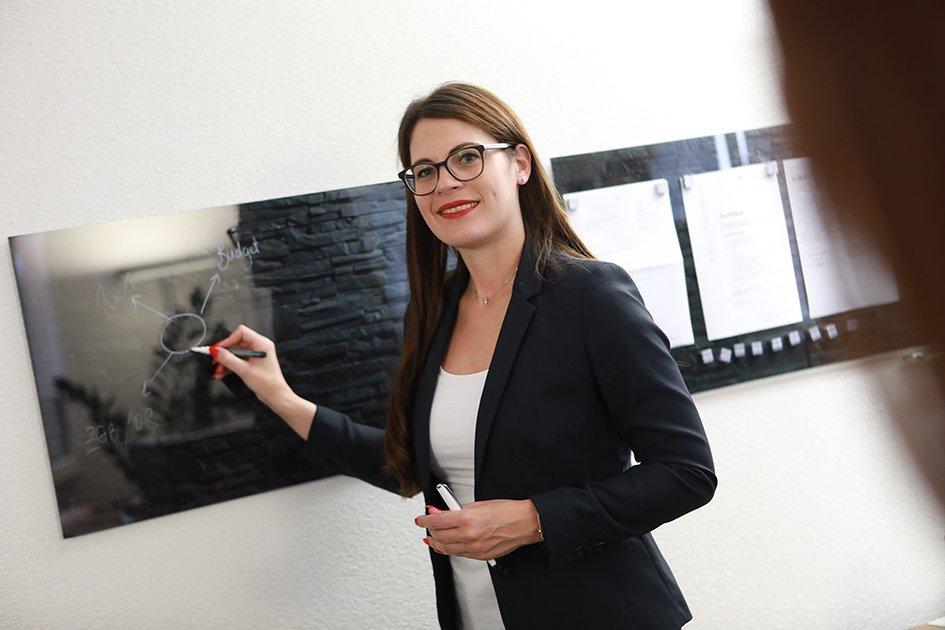 Steuererklärung online ausfüllen & Steuerberatung in Zug - Zanuco Treuhand