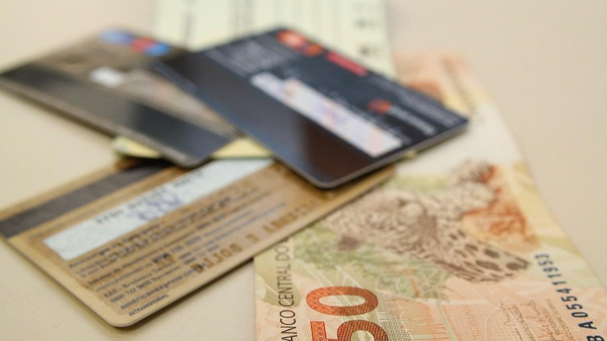 Bancos suspendem pagamento de dívida por até 60 dias por covid-19
