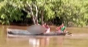 Itupiranga: Pai atravessa rio com filho morto no colo
