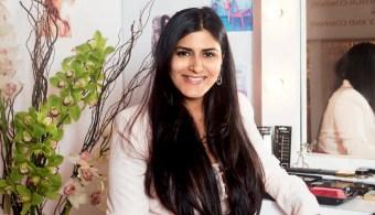 Sonam Kapoor's Makeup artist Namrata Soni shares her must have beauty items