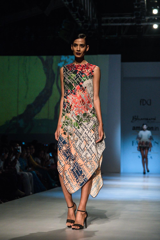 Bhanuni by Jyoti FDCI Amazon India Fashion Week Spring Summer 2018 Look 1