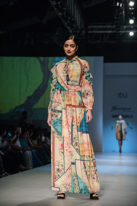 Bhanuni by Jyoti FDCI Amazon India Fashion Week Spring Summer 2018 Look 11