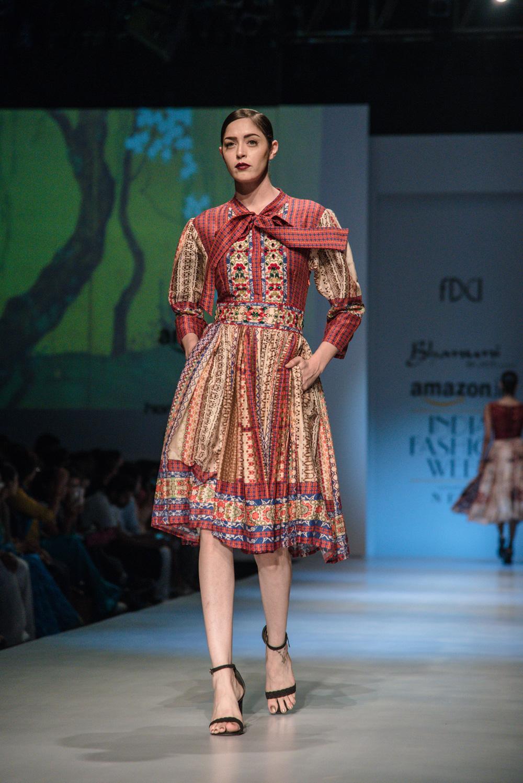 Bhanuni by Jyoti FDCI Amazon India Fashion Week Spring Summer 2018 Look 14