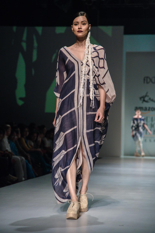 Ekru by Ektaa FDCI Amazon India Fashion Week Spring Summer 2018 Look 12