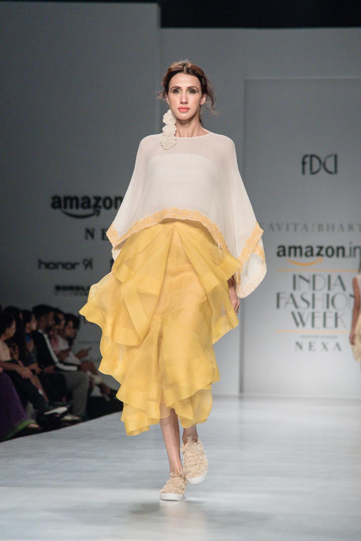 Kavita Bhartiya FDCI Amazon India Fashion Week Spring Summer 2018 Look 9