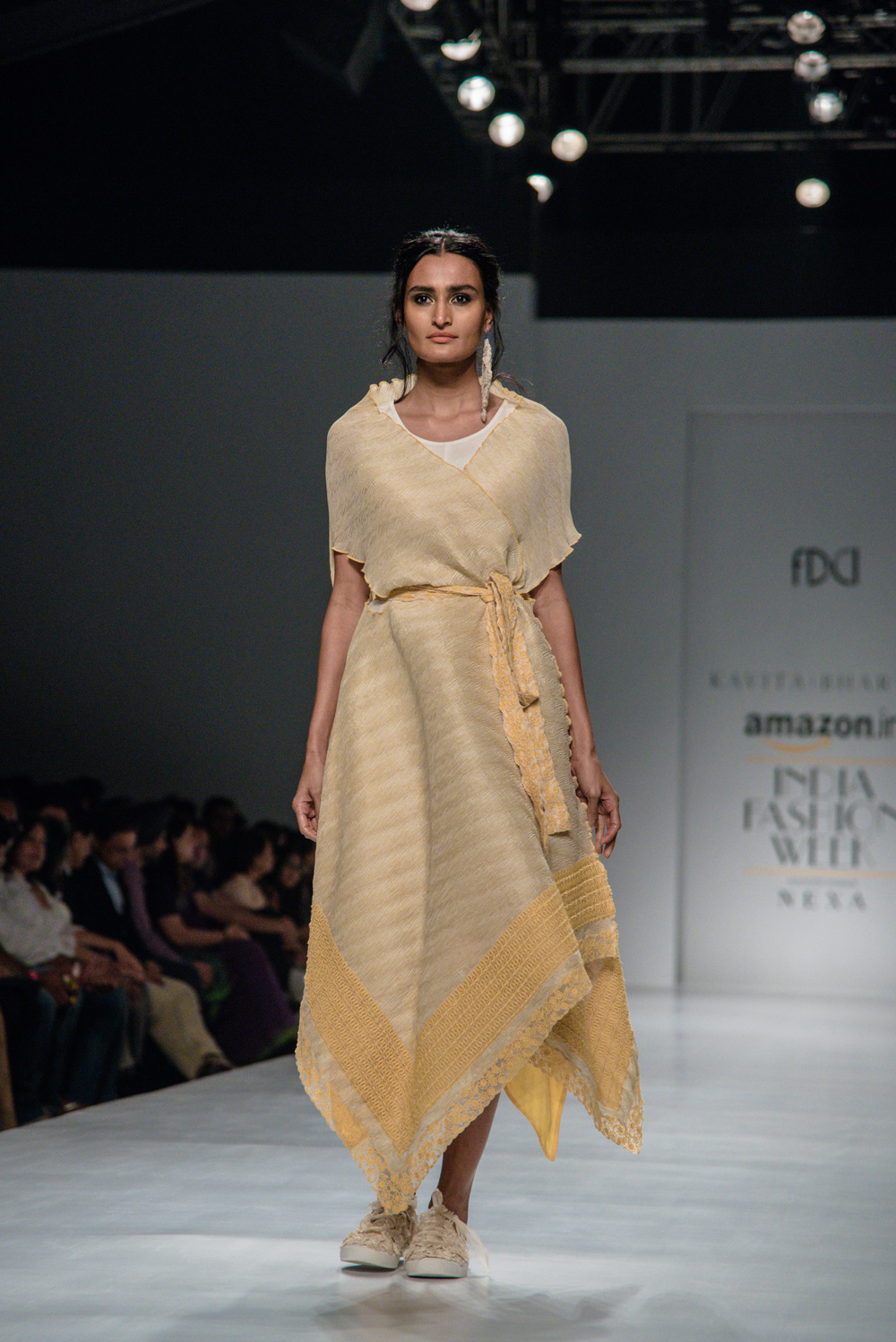 Kavita Bhartiya FDCI Amazon India Fashion Week Spring Summer 2018 Look 12