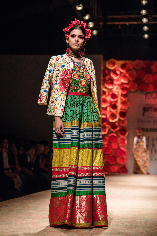 Payal Jain FDCI Amazon India Fashion Week Spring Summer 2018 Look 11