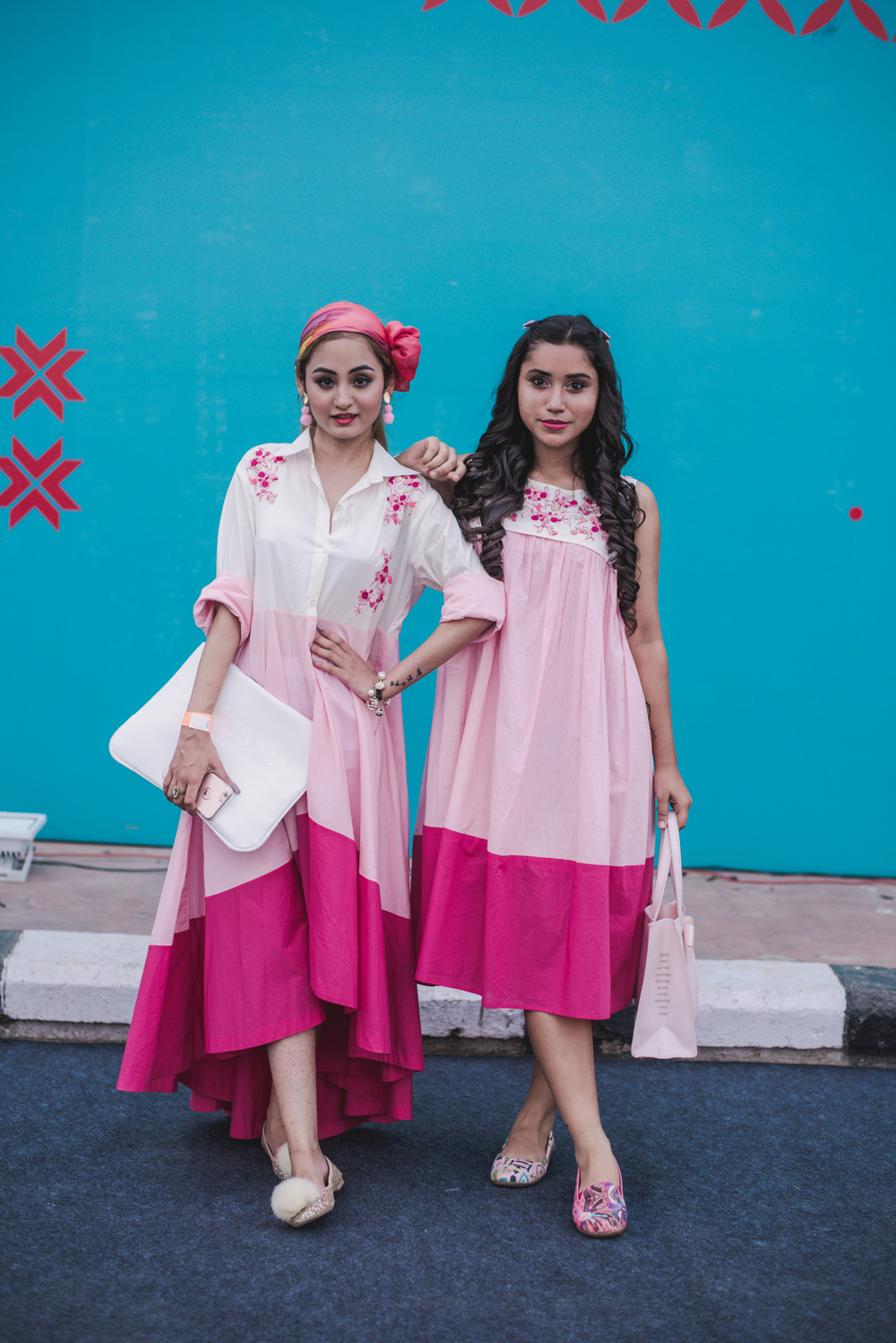 Bloggers Kasha Chauhan and Vasudha Dembla Street Style Amazon India Fashion Week Spring Summer 2018; Photo by The Co Lab