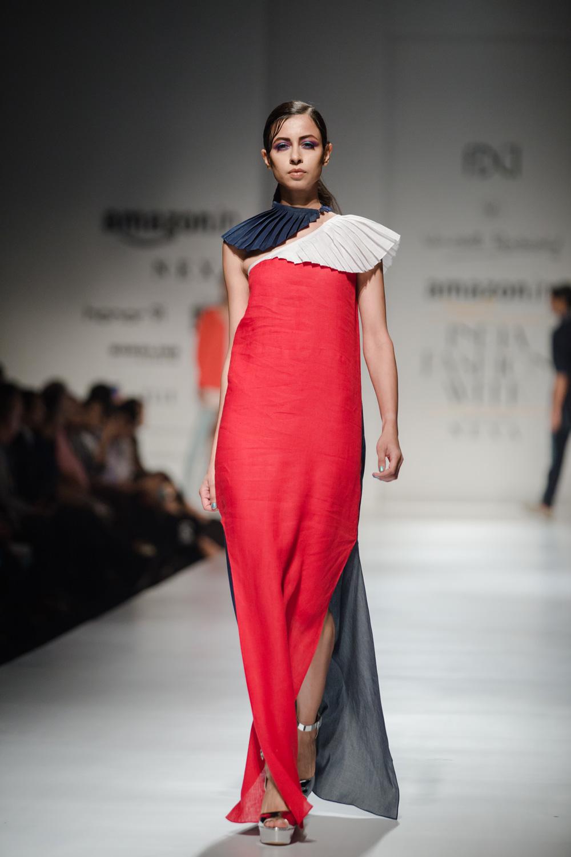 Wendell Rodricks FDCI Amazon India Fashion Week Spring Summer 2018 Look 13