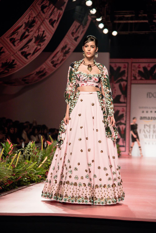 Shivan and Narresh FDCI Amazon India Fashion Week Spring Summer 2018 Look 14