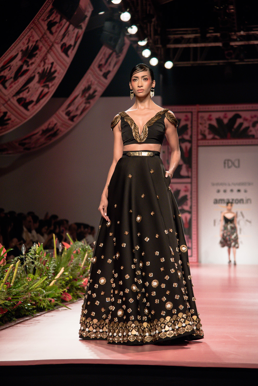 Shivan and Narresh FDCI Amazon India Fashion Week Spring Summer 2018 Look 18