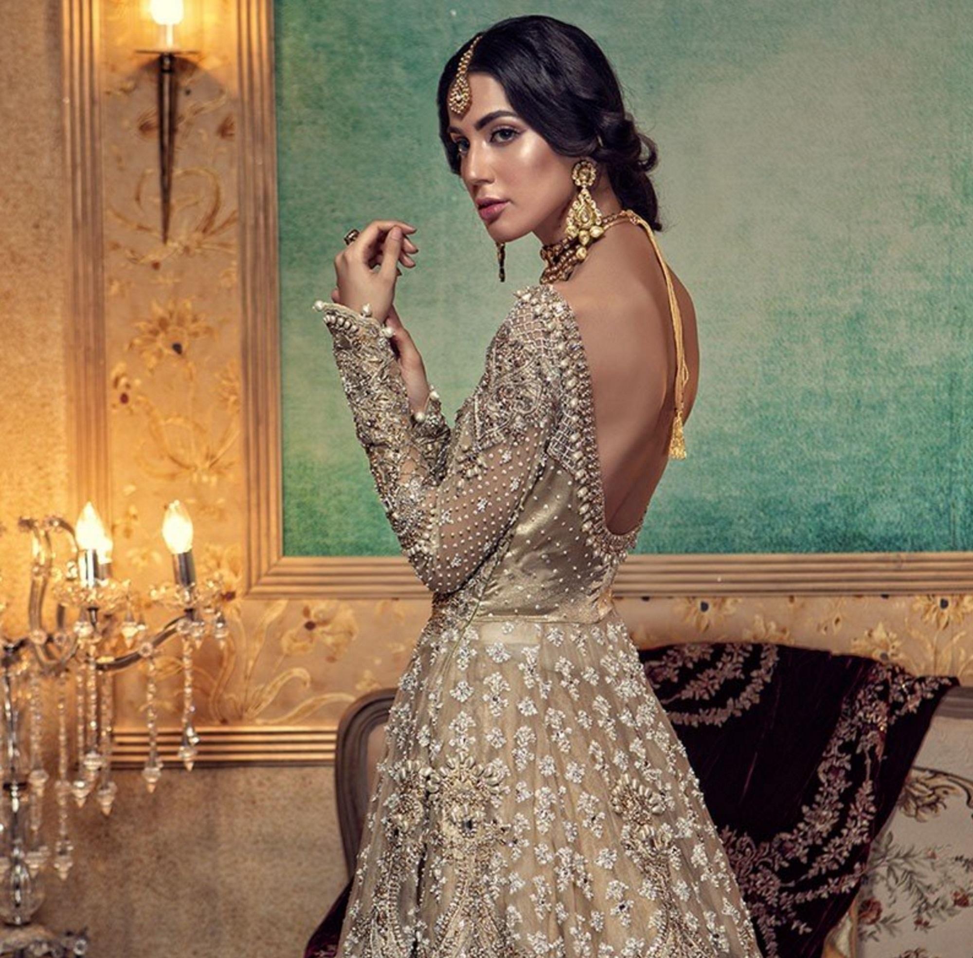 Four-Pakistani-Designers-We-Love-Zardozi-Magazine-maria-b
