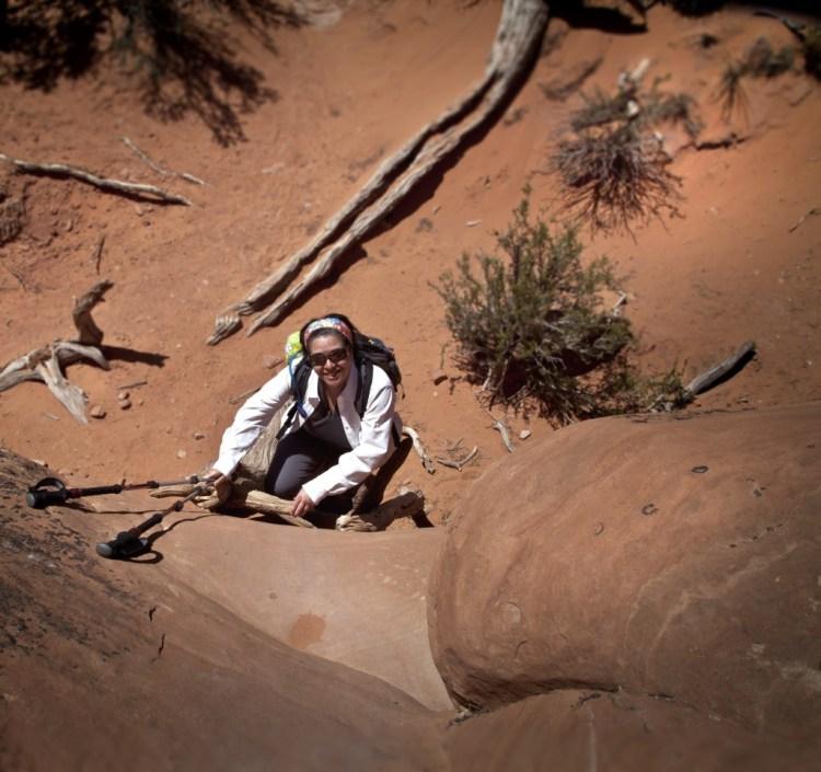 Broken-arch-trail-3-Nathalie