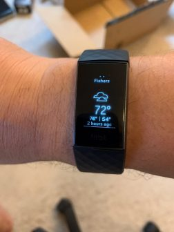 fitbit-charge3-weather2