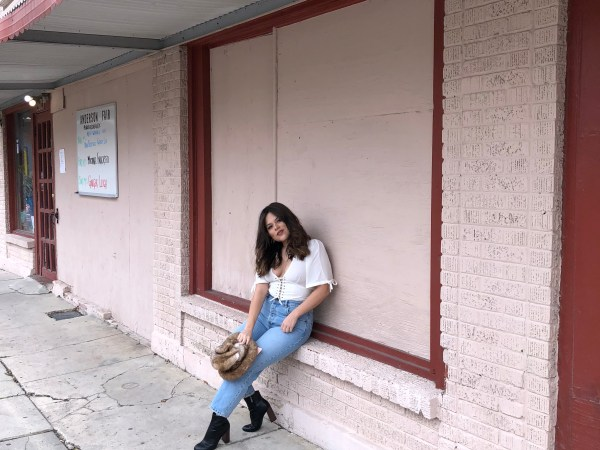 Petite Fashion Blogger from Houston