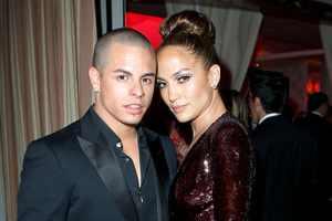 Weekend Wrap-Up: Jennifer Lopez Gives, Courtney Stodden Hops, Hunger Games Wins Again 2