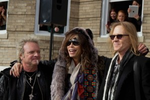 Aerosmith Encourages Voting And Promotes Album With Free Outdoor Concert In Boston