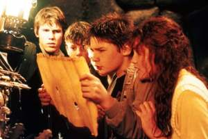 Director Richard Donner says 'Goonies 2' is happening