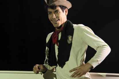 New CANTINFLAS Movie Trailer and Scene Images 9