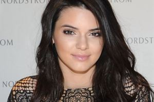 Estée Lauder Signs Kendall Jenner To Be its' New Face