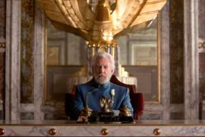 "3 Deleted Scenes from ""Mockingjay - Part 1"" Makes Their Way To the Internet"