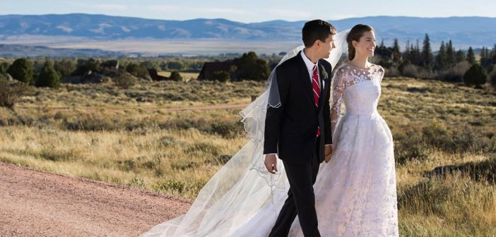Ricky Van Veen & Allison Williams' Wedding Had Tom Hanks Officiate And Katy Perry To Sing 1