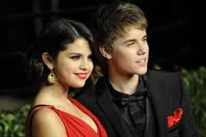 """Justin Bieber And Selena Gomez's Break-Up Song """"STRONG"""" Leaks"""