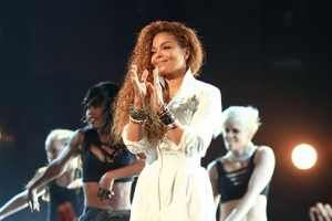 Janet Jackson Postpones 'Unbreakable Tour' To Figure Out Family Planning