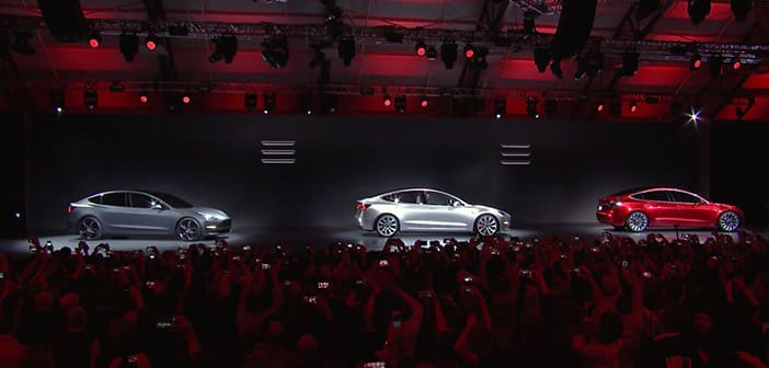 Elon Musk Shows Off New 'Tesla Model 3' With A Much Appreciated $35,000 Cost For Affordable electric Cars