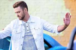 """Have A Listen To Justin Timberlake's Catchy New Single, """"Can't Stop the Feeling,"""""""