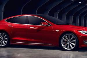 """Tesla's New Ludicrous Mode Has The Model s Being The """"Fastest Production Car Ever"""""""